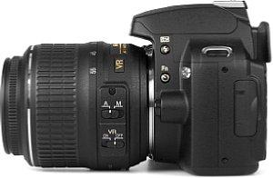 Nikon D60 mit 18-55VR Kit [Foto: MediaNord]