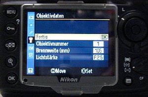 Menu der Nikon D700 zur Eingabe der Objektivdaten [Foto: Harald Schwarzer]