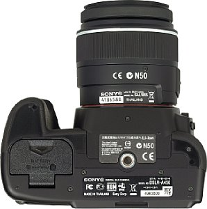 Sony Alpha 450 mit DT 3.5-5.6 18-55 mm SAM [Foto: MediaNord]