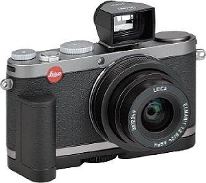 Leica X1 mit Handgriff und Aufstecksucher [Foto: MediaNord]