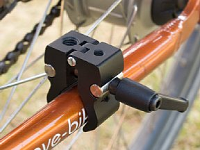 Manfrotto Nano Clamp als Fahrradhalterung [Foto: MediaNord]