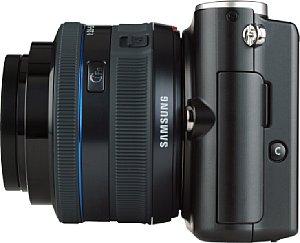 Samsung NX100 mit 1:3.5-5.6 20-50mm ED i-Function [Foto: MediaNord]