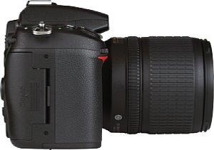 Nikon D7000 mit Nikon DX AF-S Nikkor 18-105mm 1:3.5-5.6G ED Med [Foto: MediaNord]
