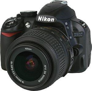 Nikon D3100 mit AF-S Nikkor 18-55 mm 1:3.5-5.6 VR DX G ED [Foto: MediaNord]