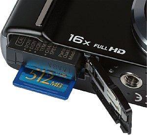 Panasonic Lumix DMC-TZ22 Akkufach und Speicherkartenfach [Foto: MediaNord]