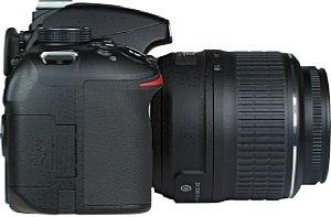 Nikon D3200 mit AF-S 18-55 [Foto: MediaNord]