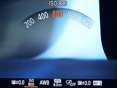 Sony Cyber-shot DSC-RX100 – Bildschirmanzeige bei Verwendung des Objektivrings [Foto: MediaNord]