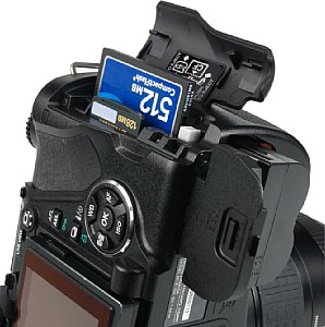 Olympus E-330 [Foto: MediaNord]