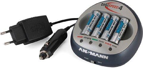 Schnelllader mit zweierlei Stromversorgung [Foto: Ansmann Energy GmbH]