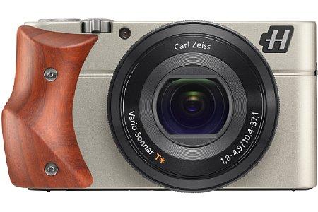 Bild Die Hasselblad Stellar entspricht technisch der Sony RX100. Geändert wurde die Gehäusefarbe, das Logo und der Griff. [Foto: Hasselblad]