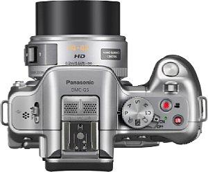 Panasonic Lumix-DMC G5 mit X Vario 14-42 mm [Foto: Panasonic]
