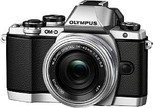 Olympus OM-D E-M10 mit 14-42 mm ED EZ [Foto: Olympus]