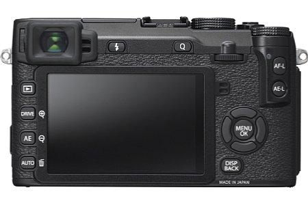 Bild Mit 2,36 Millionen Bildpunkten löst der 0,62-fach vergrößernde OLED-Sucher der Fujfilm X-E2S sehr hoch auf. Er bietet nun einen speziellen Modus für einen besonders natürlichen Bildeindruck. [Foto: Fujifilm]