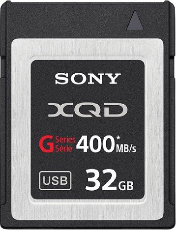 Bild XQD-Karten, hier ein Modell von Sony, sind schneller, größer und robuster, aber auch teurer als SD-Speicherkarten. [Foto: Sony]