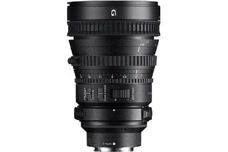 Bild Das gegen Staub und Spritzwasser geschützte Sony FE 28-135 mm 1:4 G (SEL-P28135G) lässt sich auch ohne Stativschelle betreiben. [Foto: Sony]