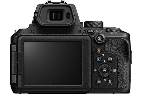 Bild Der elektronische Sucher der Nikon Coolpix P950 löst nun 2,36 Millionen Bildpunkte auf. Der rückwärtige 8,1cm-Bildschirm lässt sich zwar schwenken und drehen, es handelt sich jedoch nicht um einen Touchscreen. [Foto: Nikon]