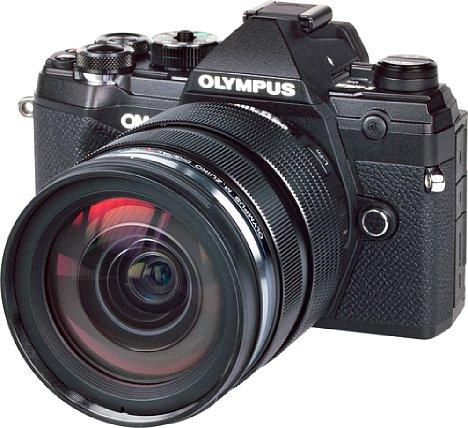 Bild Die Olympus OM-D E-M5 Mark III ist eine äußerst kompakte und dennoch sehr robuste, leistungsfähige und mit Funktionen vollgestopfte spiegellose Systemkamera – ideal für die Reisefotografie. [Foto: MediaNord]