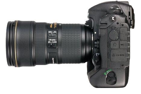 Bild Zahlreiche Schnittstellen zieren die linke Seite der Nikon D5. Darunter etwa USB 3, HDMI, LAN, Mikrofonein- sowie Mikrofonausgang. [Foto: MediaNord]
