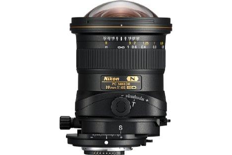 Bild Das Nikon PC 19 mm 1:4E ED kann um +/- 12 mm geshiftet werden. [Foto: Nikon]