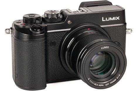 Bild An der Lumix DMC-GX8 wäre der optische Bildstabilisator des Panasonic Lumix G 42,5 mm 1.7 Asph. Power-OIS eigentlich überflüssig. Aber da die meisten Panasonic-Gehäuse keinen eingebauten Stabi besitzen, macht der im Objektiv viel Sinn. [Foto: MediaNord]