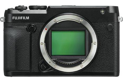 Bild Der 44 mal 33 Millimeter große Mittelformatsensor der Fujifilm GFX 50R löst über 50 Megapixel auf. [Foto: Fujifilm]