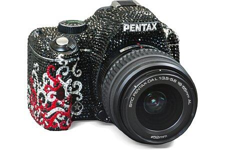 Pentax K-m mit DAL1855 [Foto: Pentax]