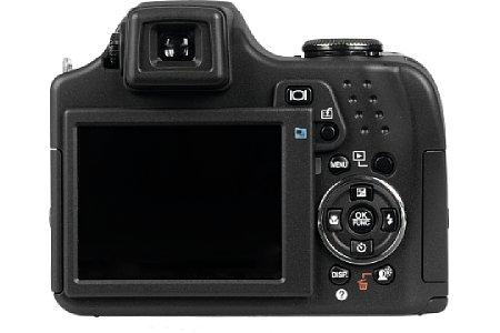 Olympus SP-590 UZ [Foto: MediaNord]
