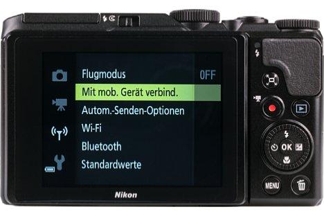 """Bild Der bewegliche 3""""-Monitor der Coolpix A900 ist übersichtlich, aber ohne Touchfunktion. [Foto: MediaNord]"""