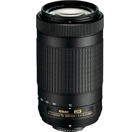 Bild Zwar ist das Objektiv auch ohne Bildstabilisator als Nikon AF-P 70-300 mm 4.5-6.3 G ED DX erhältlich, die 50 Euro Aufpreis für den Bildstabilisator sind jedoch sehr gut angelegtes Geld. [Foto: Nikon]