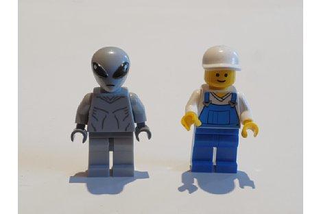 Bild Bei der Aufnahme mit negativem Kamerawinkel ist bei gleichem Abstand der Figuren das Bild in Ordnung. [Foto: MediaNord]