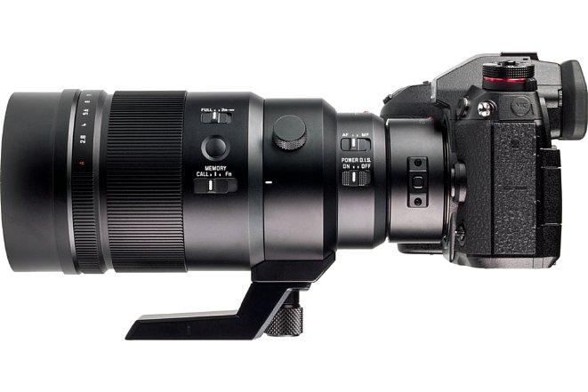 Bild Der DMW-TC20E passt ebenfalls nur an das Panasonic Leica DG Elmarit 200 mm 2.8 Power OIS, besteht aus Metall und ist staub- und spritzwassergeschützt. Die Brennweite verlängert sich bei einer Lichtstärke von F5,6 auf stolze 800 mm Kleinbildäquivalent. [Foto: MediaNord]
