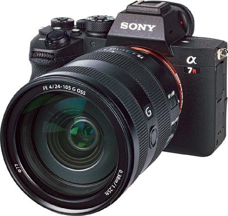 Bild Die Sony Alpha 7R IV besitzt ein sehr robustes Metallgehäuse, das mit zahlreichen Dichtungen gut gegen das Eindringen von Staub und Spritzwasser abgedichtet ist. [Foto: MediaNord]