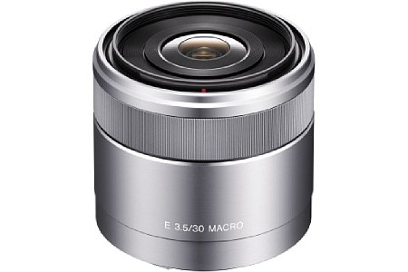 Sony E-Mount 30 mm 3,5 Macro (SEL-30M35) [Foto: Sony]