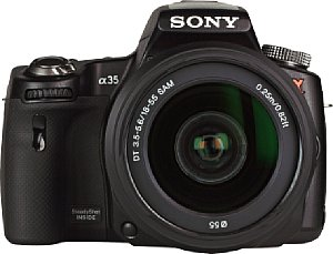 Sony Alpha 35 mit DT 18-55 mm 3.5-5.6 SAM [Foto: MediaNord]