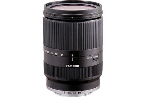 Bild Das Tamron 18-200 mm F/3.5-6.3 Di III VC eignet sich für spiegellose Systemkameras mit Sensor im APS-C-Format. [Foto: Tamron]