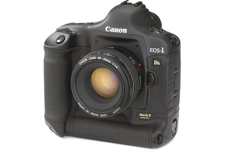Digitalkamera Canon EOS-1Ds Mark II [Foto: Canon]