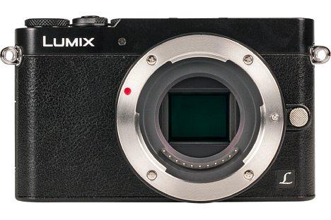 Bild Die GM5 ist eine waschechte Systemkamera, die jedes Objektiv nach dem Micro-Four-Third-Standard aufnimmt. [Foto: MediaNord]