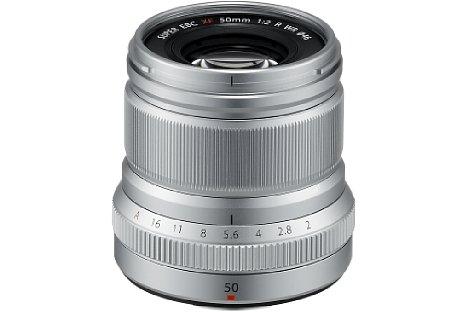 Bild Ab Februar 2017 soll das Fujifilm XF 50 mm F2 R WR wahlweise in Schwarz oder Silber für 500 Euro erhältlich sein. [Foto: Fujifilm]