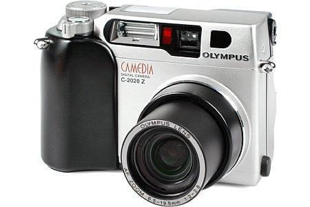 Digitalkamera Olympus C-2020 Zoom [Foto: MediaNord]