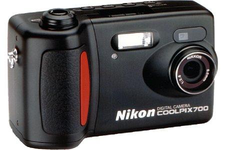 Digitalkamera Nikon Coolpix 700 [Foto: Nikon]