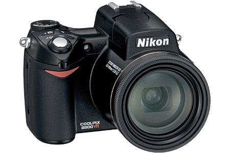 Digitalkamera Nikon Coolpix 8800 [Foto: Nikon Deutschland]