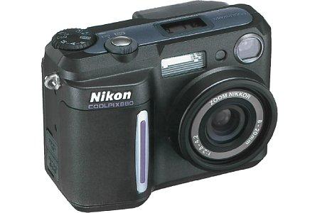 Digitalkamera Nikon Coolpix 880 [Foto: Nikon]