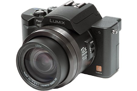 Digitalkamera Panasonic Lumix DMC-FZ10 [Foto: Panasonic USA]