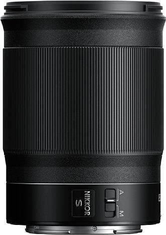 Bild Das Nikon Z 85 mm 1:1,8 S besitzt einen mit knapp fünf Zentimetern sehr breiten Multifunktionsring sowie einen AF-MF-Schalter. [Foto: Nikon]
