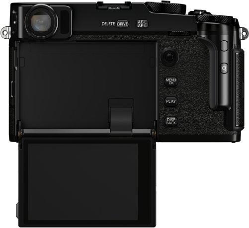 Bild Der Touchscreen der Fujifilm X-Pro3 wird erst sichtbar, wenn man ihn nach unten klappt. Auf einem normalen Stativ ist allerdings bei 90 Grad Schluss – dann kann man den Bildschirm nur von oben einsehen. [Foto: Fujifilm]