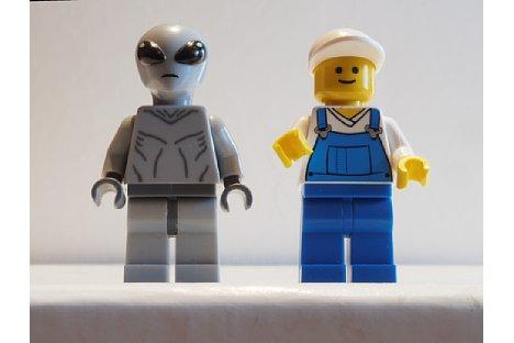 Bild Fototipp erzwungene Perspektive – Beide Figuren haben den gleichen Aufnahmeabstand zur Sensorebene und besitzen die gleiche Größe. [Foto: MediaNord]