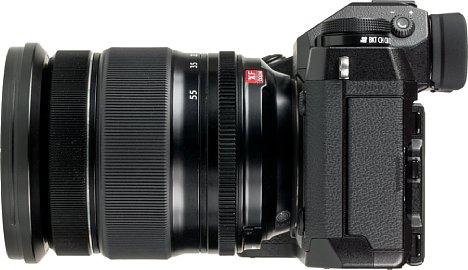 Bild Das XF 16-55 mm ist dank großzügiger Ringe und Gummierungen leicht zu handhaben und zu halten. [Foto: MediaNord]