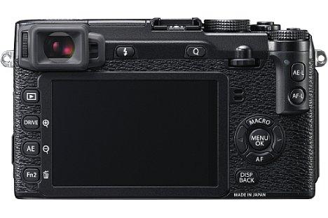 Bild Der Bildschirm der Fujifilm X-E2 ist zwar weiterhin fest verbaut, wächst aber auf drei Zoll und löst mit 1.040.000 Bildpunkten nun mehr als doppelt so hoch auf wie noch in der X-E1. Außerdem entspricht er wie der Bildsensor dem 3:2-Seitenverhältnis. [Foto: Fujifilm]