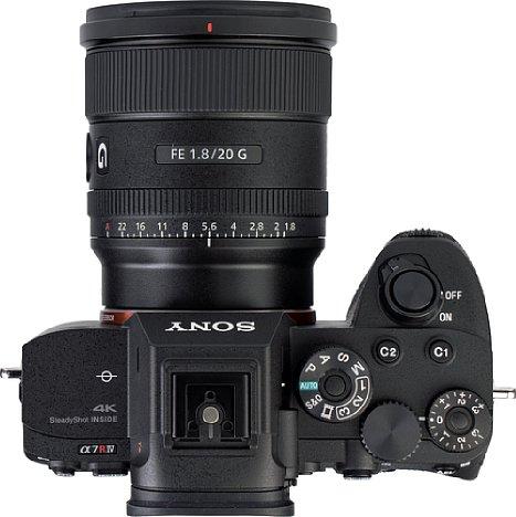 """Bild DasSony FE 20 mm F1.8 G (SEL20F18G) besitzt einen praktischen Blendenring mit der Möglichkeit, die Rastung abzuschalten (""""De-Click""""). [Foto: MediaNord]"""