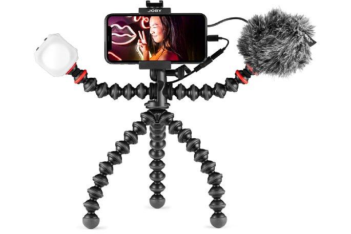 Bild Das Joby GorillaPod Vlogging-Kit bietet fürs Smartohone eine stabile Halterung, ein Tischstativ, eine LED-Leuchte mit Diffusoer-Aufsatz und ein Mikrofon mit Windschutz. [Foto: Joby]